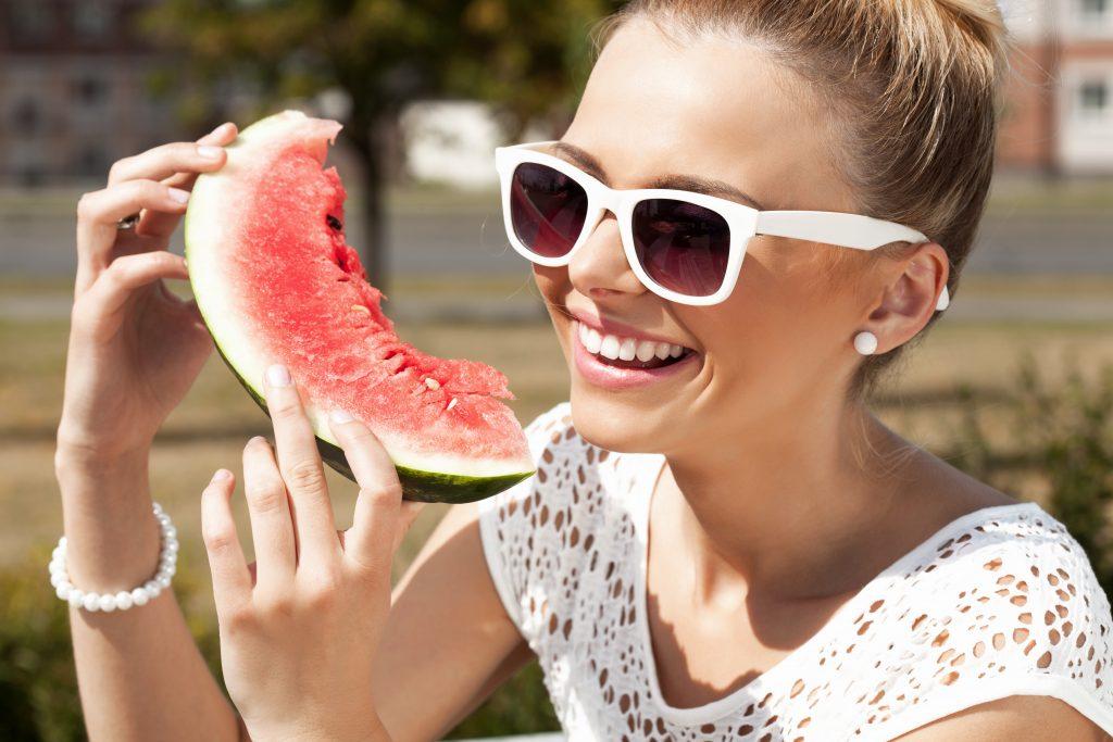 Presume de sonrisa este verano con los tratamientos de estética dental
