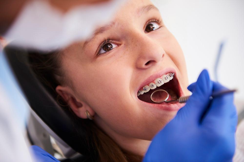 Te explicamos cómo saber si tu hijo necesita aparato dental
